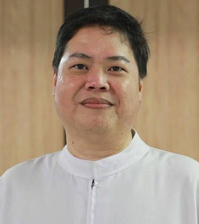 Rev Fr Michael Chua
